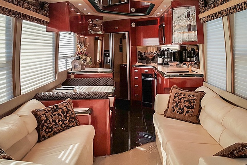 1996 Prevost Marathon H3-45 For Sale