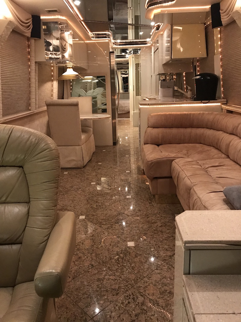 1998 Prevost Featherlite XL For Sale