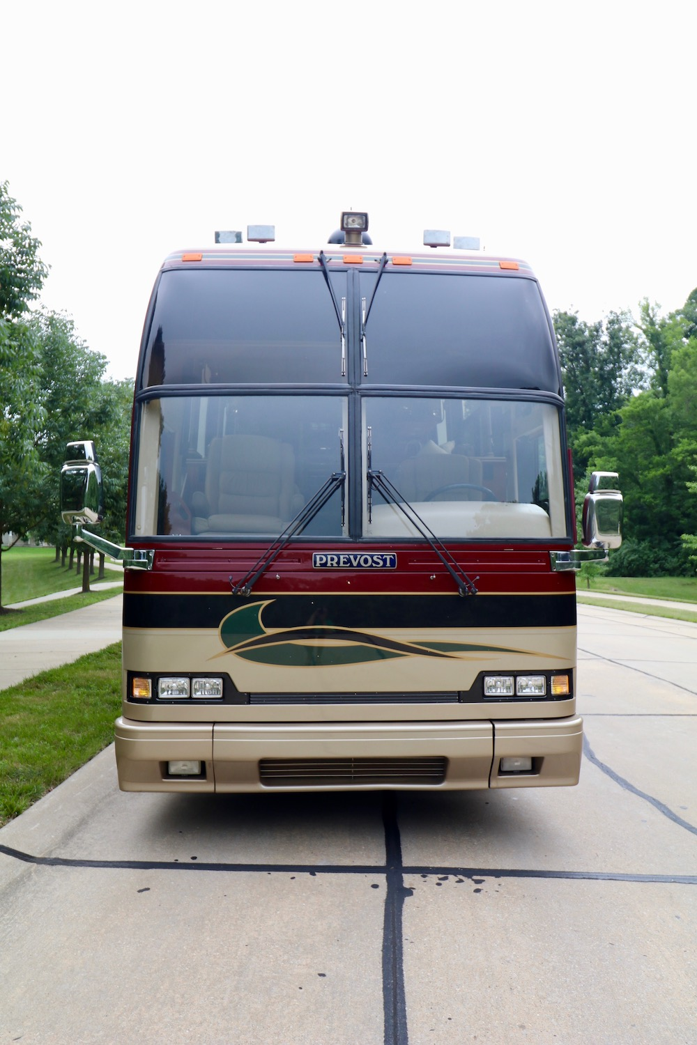 2000 Prevost American H3-45 For Sale