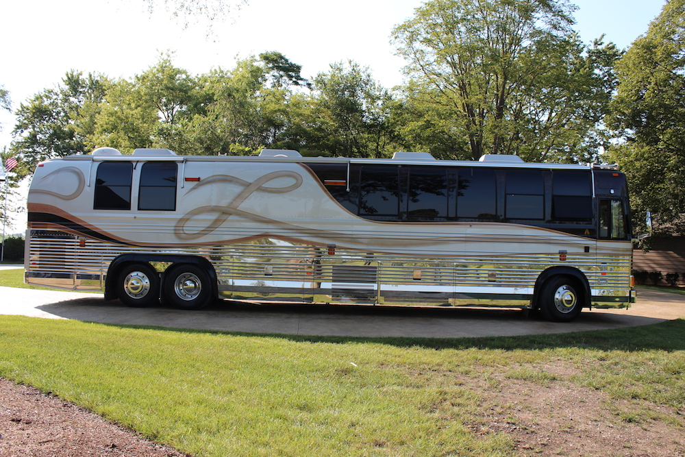 2000 Prevost Angola XL For Sale
