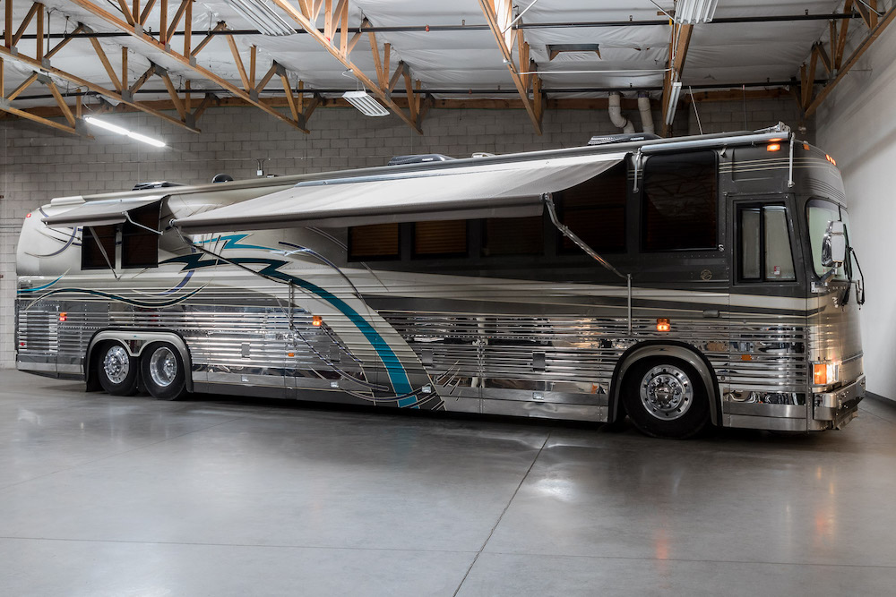 2000 Prevost Country Coach XL For Sale