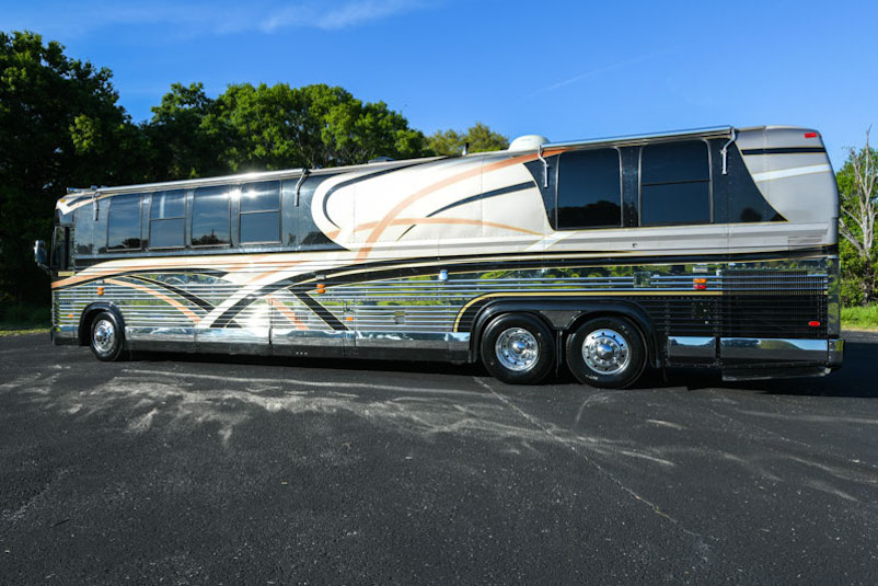 2000 Prevost Liberty XL For Sale