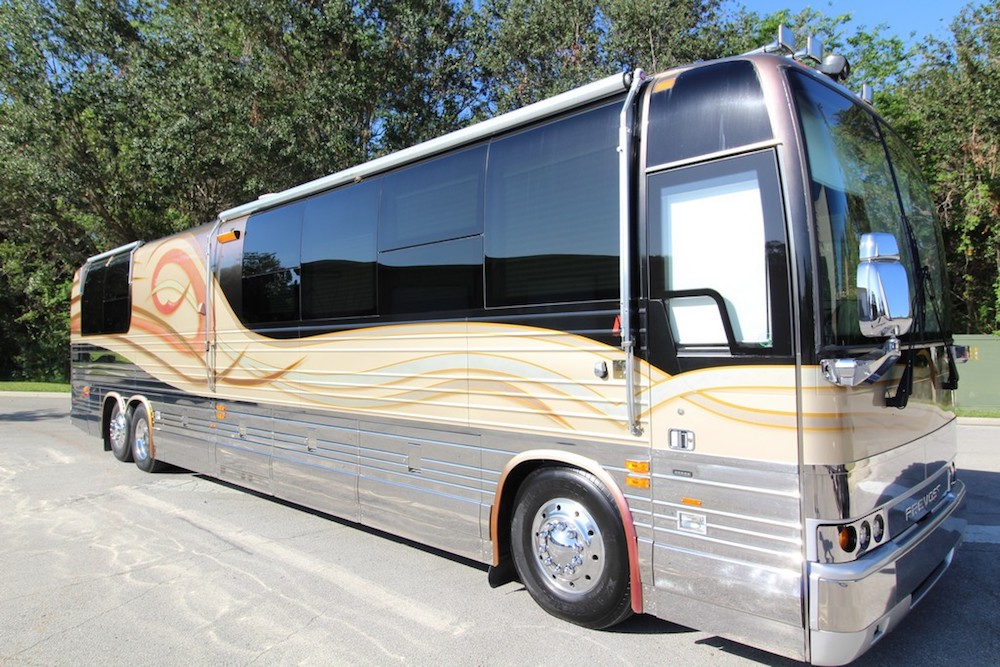 2001 Prevost Angola XLII For Sale