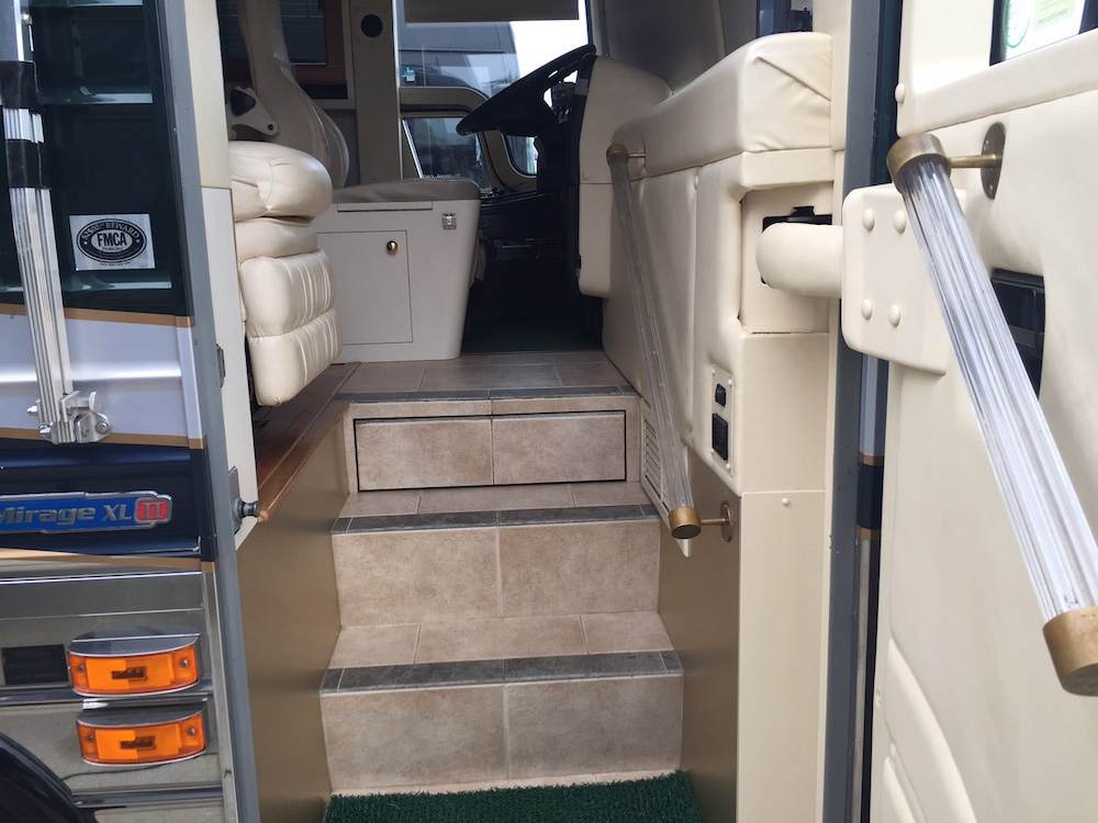 2000 Prevost Hoffman For Sale