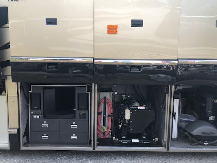 2001 Prevost Marathon H3-45 For Sale