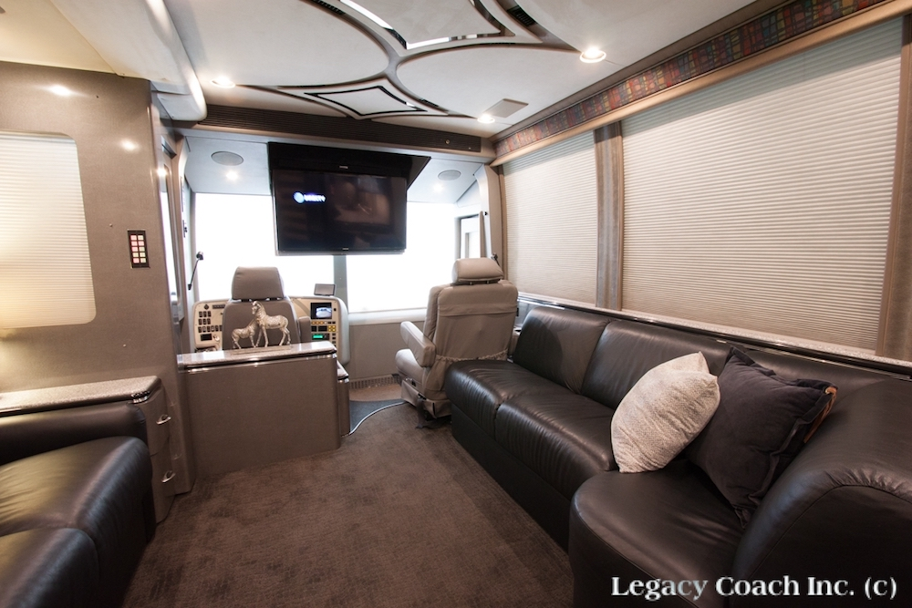 2001 Prevost Marathon XLII For Sale