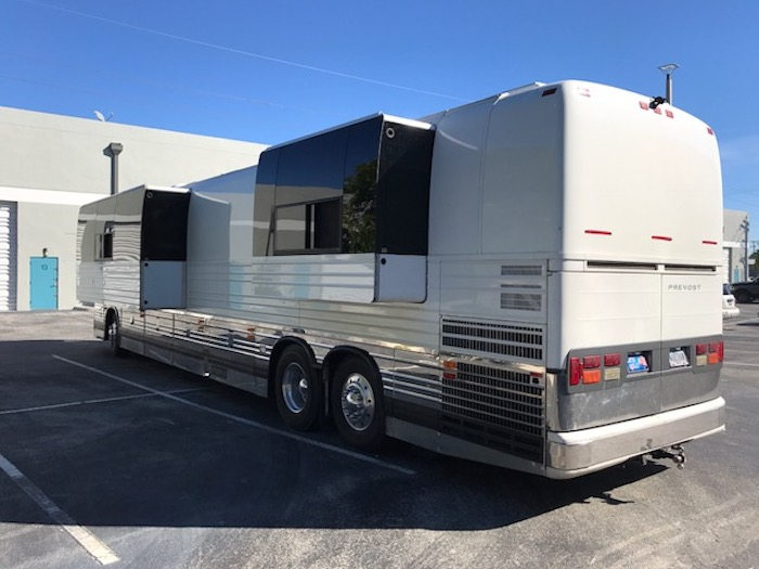 2003 Prevost XLII For Sale