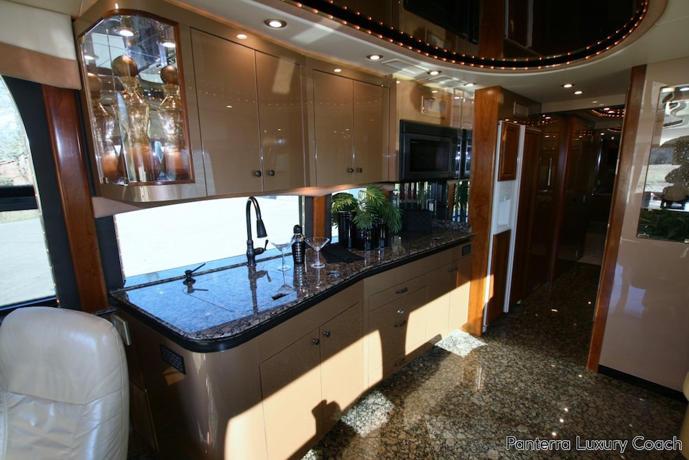 2004 Prevost American XLII For Sale