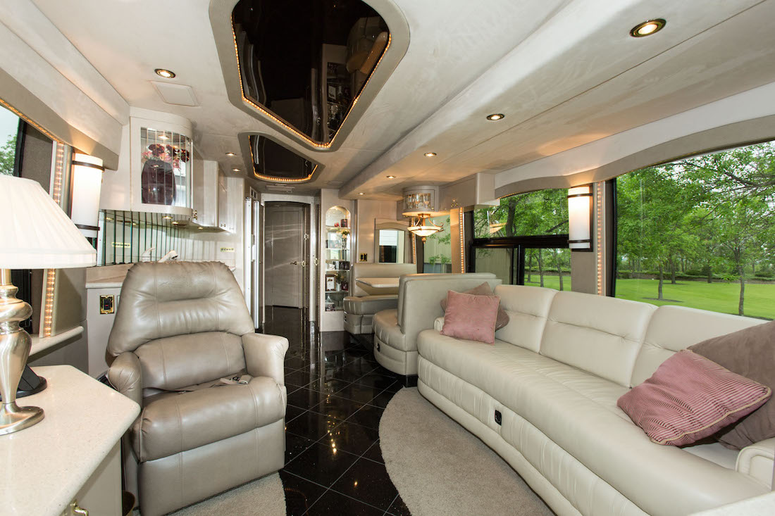 2004 Prevost  H3-45 For Sale