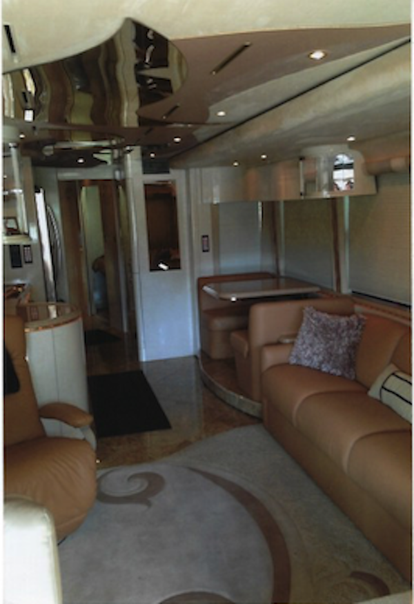 2004 Prevost Marathon XLII For Sale