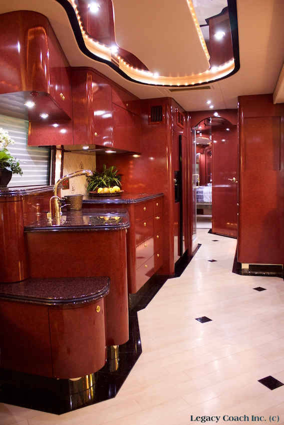 2004 Prevost Parliament XLII For Sale