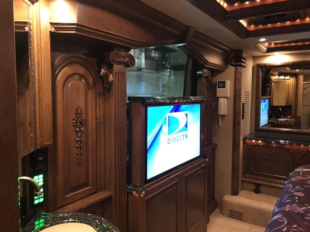 2005 Prevost Liberty XLII For Sale