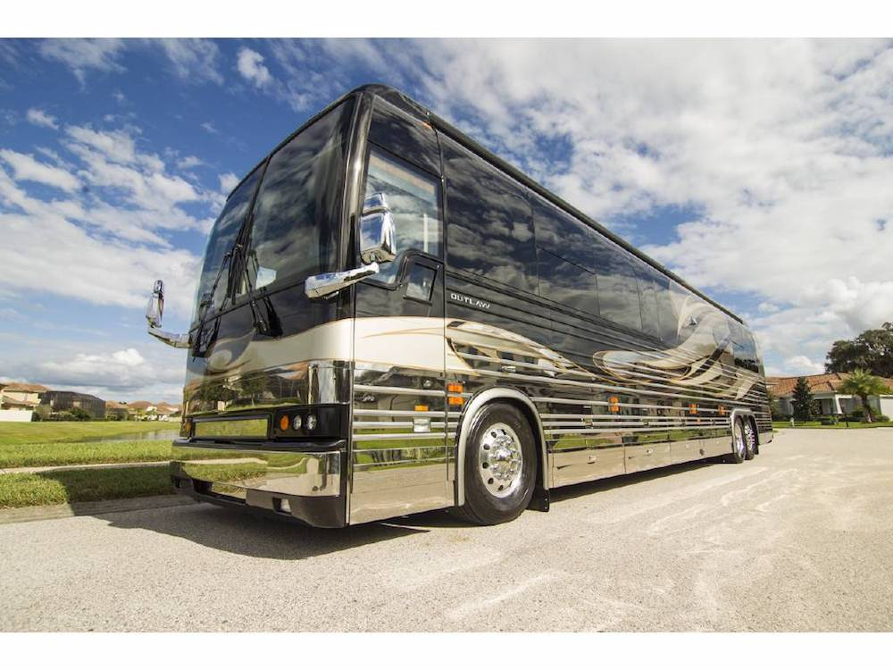2007 Prevost OutlawXLII For Sale