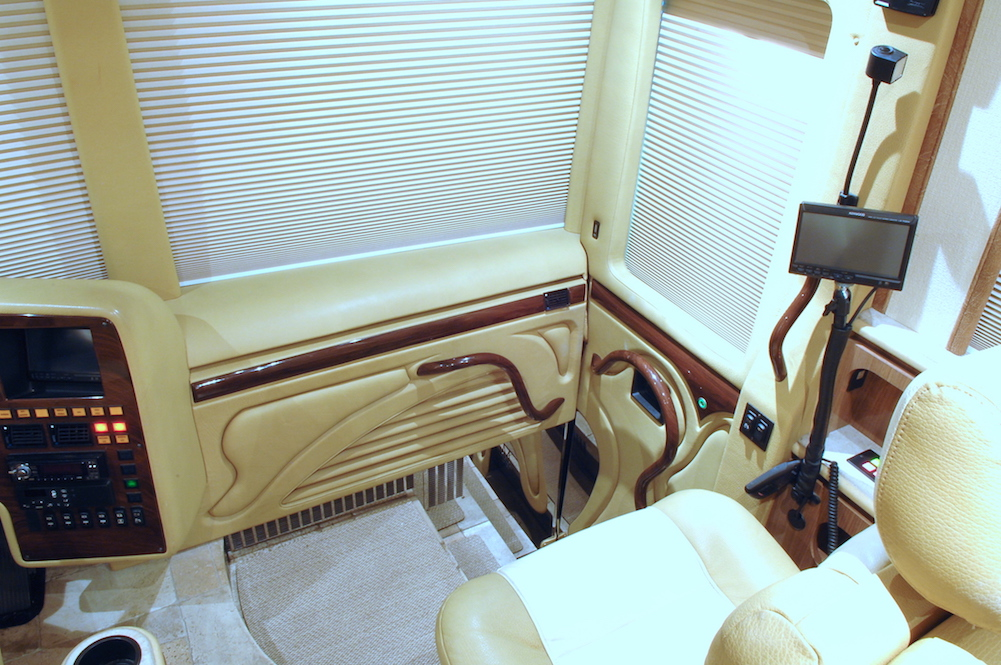 2008 Prevost Marathon XLII For Sale