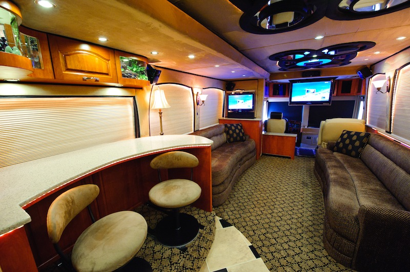 2009 Prevost Russell XLII For Sale