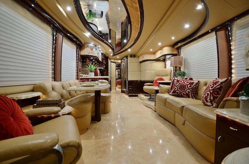 2010 Prevost Liberty H3-45 For Sale