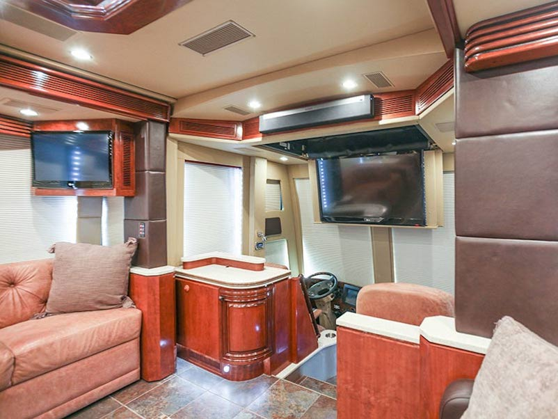 2013 Prevost Outlaw H3-45 For Sale