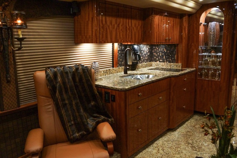 2014 Prevost Millennium H3-45 For Sale