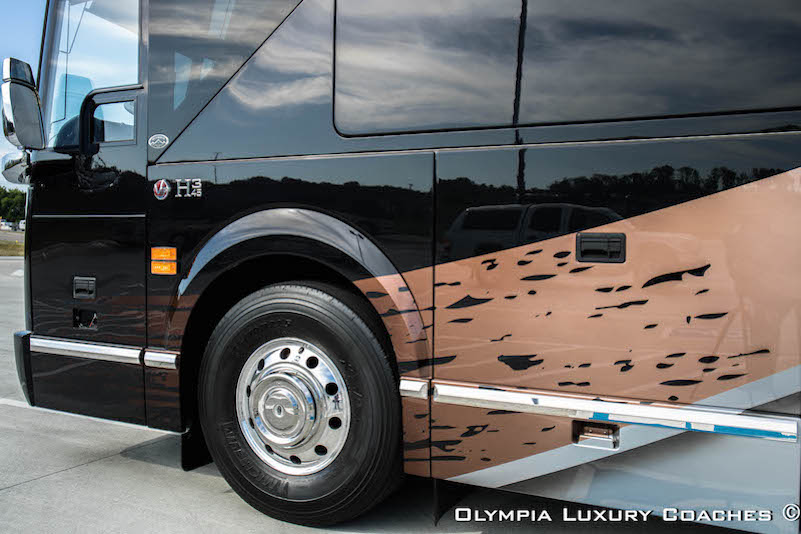 2017 Prevost Olympia H3-45 For Sale