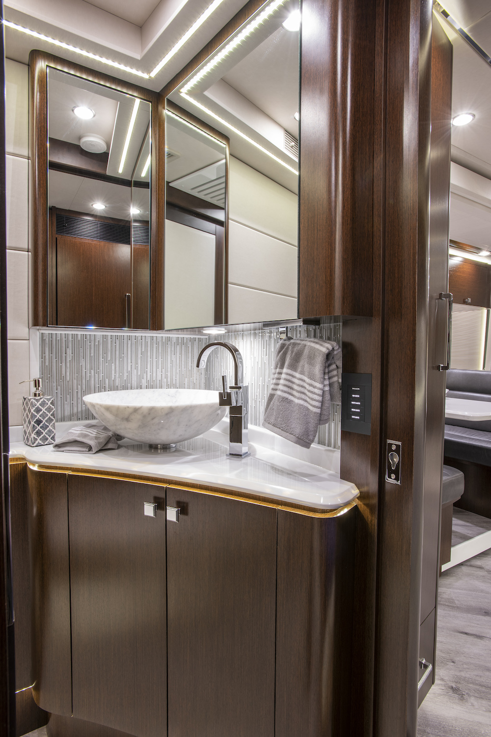 2021 Prevost Emerald H3-45 For Sale